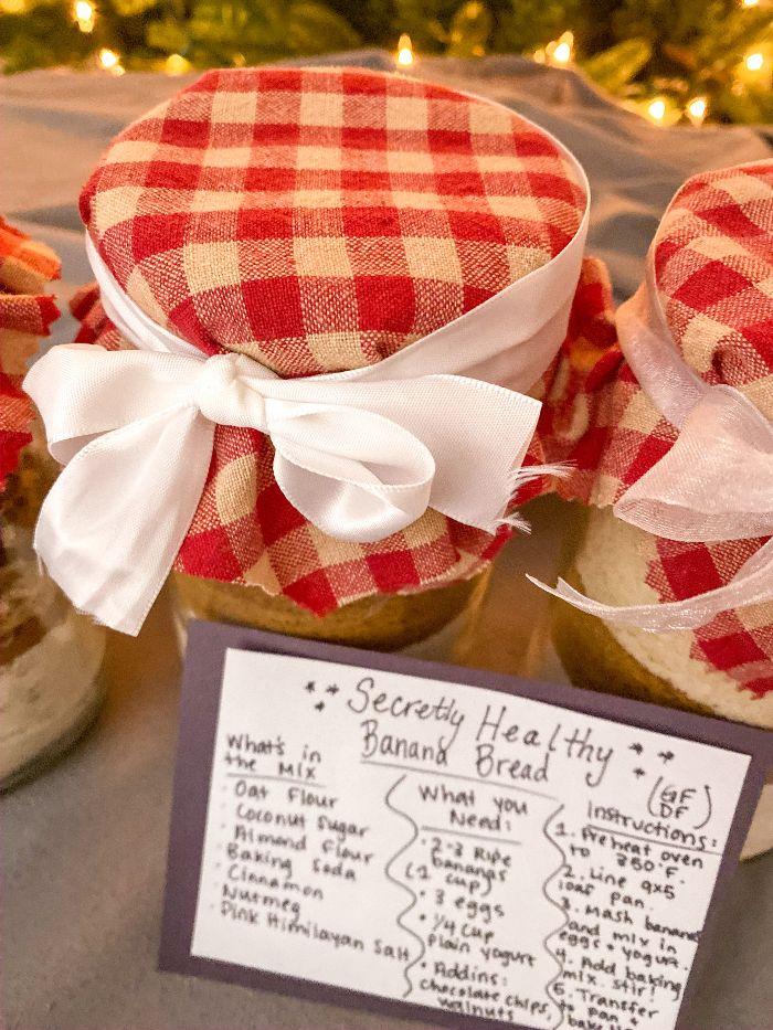 DIY mason jar baking mix gift