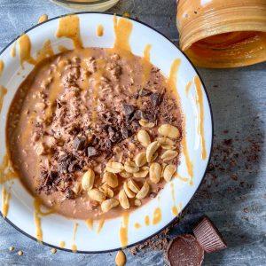 peanut butter cup overnight oats
