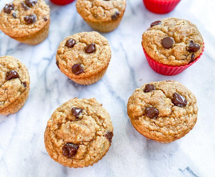healthy banana chip muffins