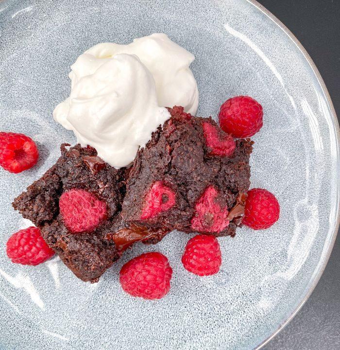 healthy raspberry brownies