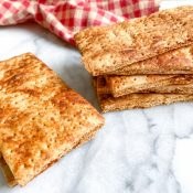 Homemade Graham Crackers (6 Ingredients!)