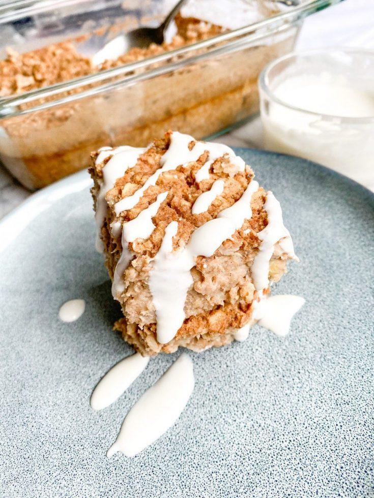 Cinnamon Roll Vegan Baked Oatmeal