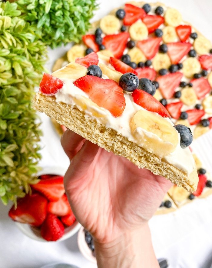 healthy fruit pizza cream cheese frosting