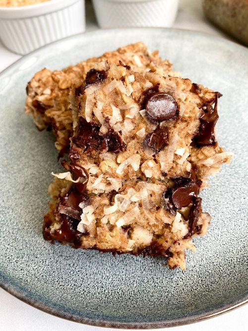 healthy chocolate chip baked oatmeal